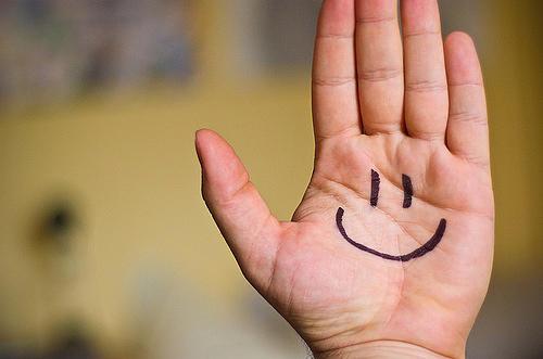 mano_smile